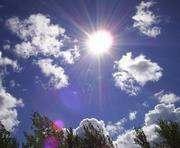 Погода в Харькове: жара сдаваться не собирается