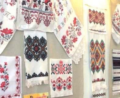 Харьковчане могут посетить выставку вышивки, изделий из лозы и росписи по стеклу