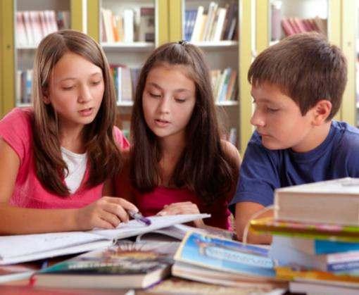 В начальной школе отменили оценки за каллиграфию