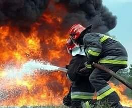 Под Харьковом сгорел барак на 12 квартир
