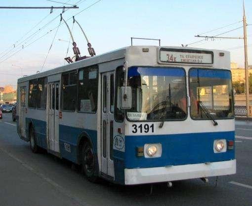 Почему остановился транспорт на проспекте Победы в Харькове