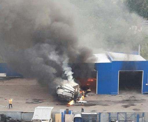 На Салтовке прогремел взрыв и начался пожар