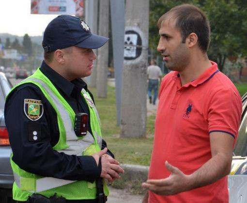 Харьковчане любят перебегать дорогу на красный свет
