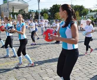 В Харькове футболисты заберутся в надувные шары