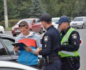 В Харькове не хватает патрульных
