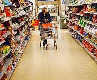 Правительственный комитет одобрил временную отмену регулирования цен на продукты