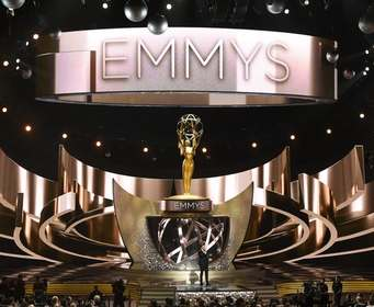 «Игрa престолов» и «Шерлок» удостоились премии «Эмми»