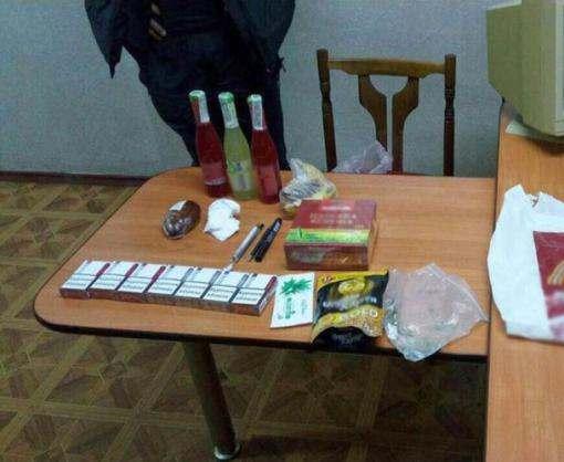 Ночное ограбление: в Харькове уже и пакеты с продуктами отбирают