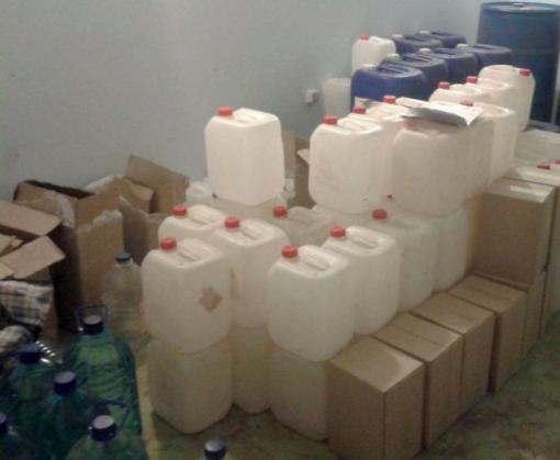Массовое отравление на Харьковщине: метанол разводили водой из крана