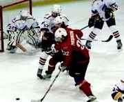 Хоккей: харьковский «Витязь» выдал под занавес матча голевую феерию