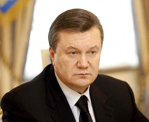 Виктор Янукович получил временное убежище в России