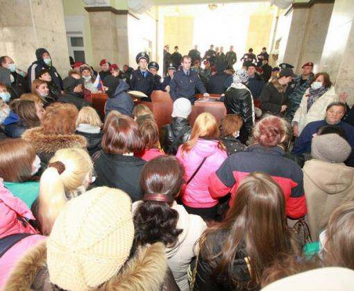 В Харькове за захват обладминистрации двум сепаратистам дали пять лет