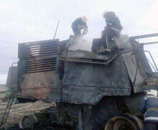 В Харьковской области сгорел комбайн