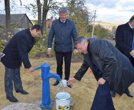 Двум селам в Харьковской области провели воду
