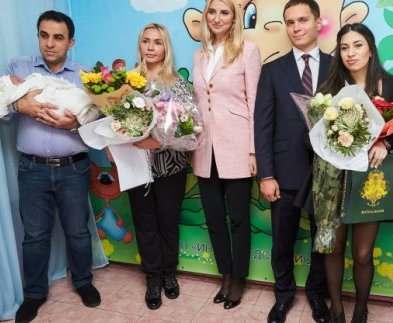 Первый замминистра юстиции посетила харьковский роддом