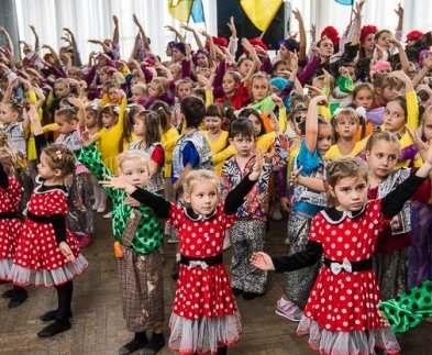В Харькове установили национальный рекорд по танцам