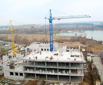 Строительство школы в Песочине: есть некоторое отставание от графика
