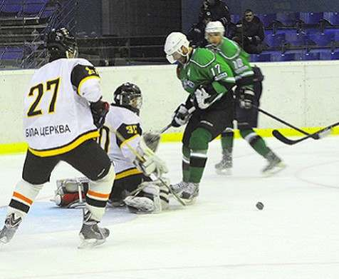 Хоккей: харьковский «Витязь» одержал вторую победу в чемпионате