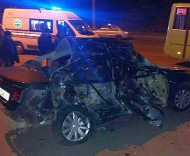 ДТП в Харькове: на Салтовке автобус столкнулся с иномаркой