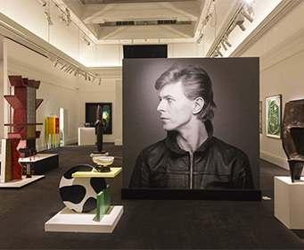 Выставка Дэвида Боуи установила рекорд по посещаемости