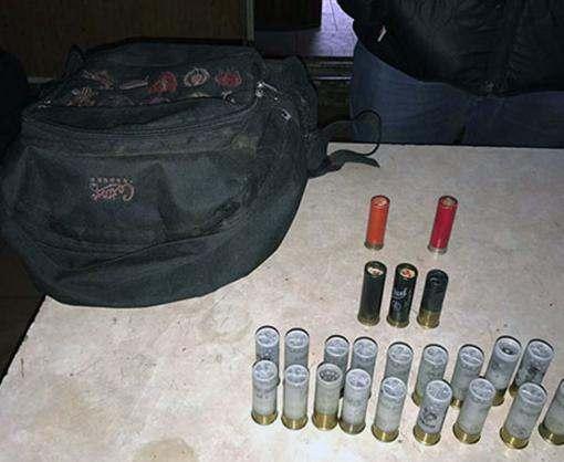 На харьковском посту остановили машину с боеприпасами