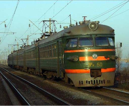В Украине непогода остановила поезда