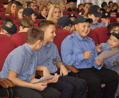 В Харькове выпустили первых кадетов полиции