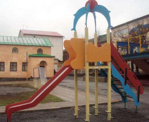 Харьковские заключенные выполнили заказ на детские площадки