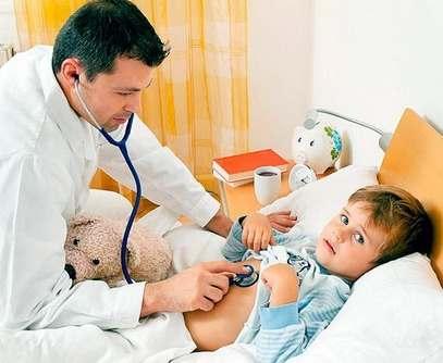 В Валковскую больницу из-за отравления попало 14 детей