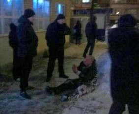 В Харькове пьяный открыл стрельбу из револьвера: есть пострадавшие