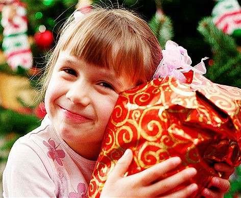 Харьковская детвора начнет получать подарки
