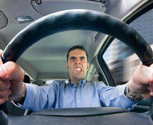 Харьковская полиция предупреждает водителей об опасности