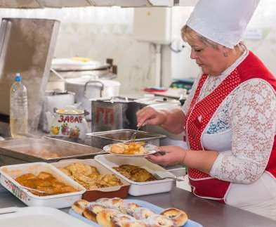 В Харькове дети погибших военных будут бесплатно питаться в школах и детсадах