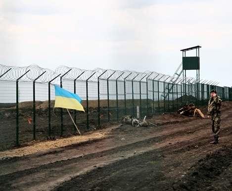 «Стена» на харьковском участке границы с РФ готова на 50%
