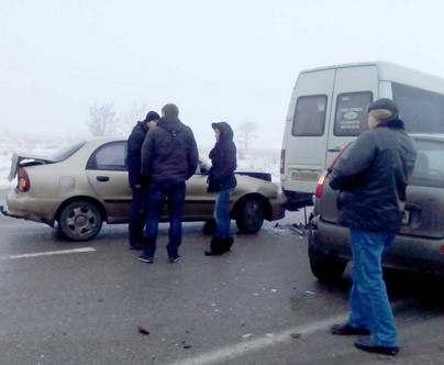 Под Харьковом маршрутка попала в ДТП