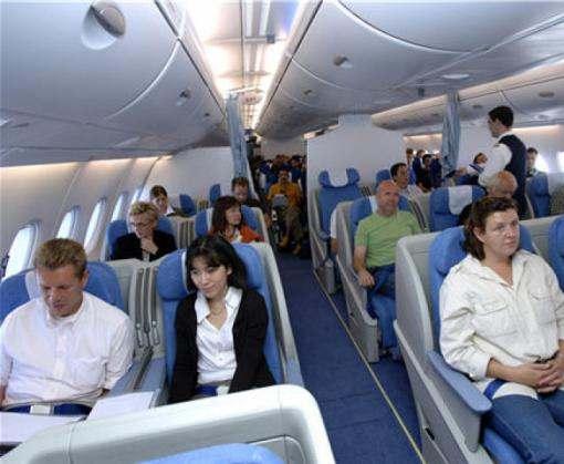 В Ливии неизвестные угнали самолет с пассажирами