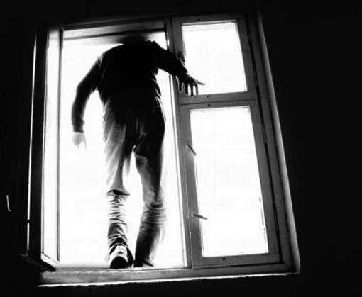 В Харькове онкобольной выпрыгнул из окна больницы