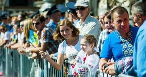 Украинцы будут жить с новыми паспортами и налогами