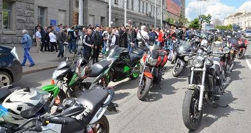 Харьковские мотоциклисты решили подать коллективный иск в суд на горсовет