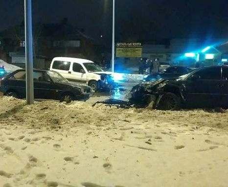 ДТП в Харькове: на Салтовке пострадал водитель