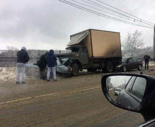Тройное ДТП в Харькове: есть погибшие (фото, видео)