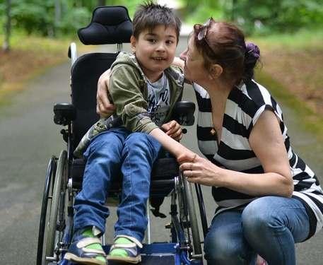 Может ли мать ребенка-инвалида выйти на досрочную пенсию