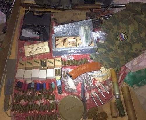 Экс-чиновник, у которого нашли арсенал оружия, арестован