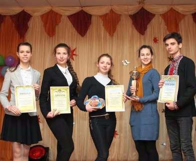 В школах Харькове прошли конкурсы творческих работ