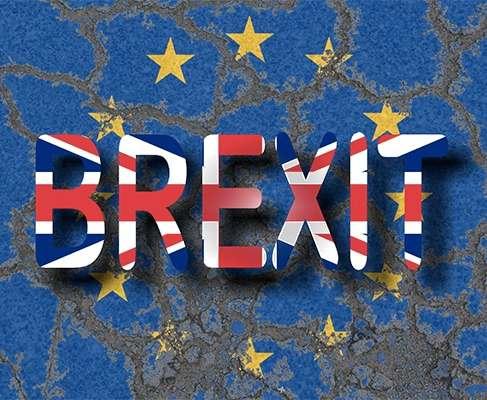 В Великобритании палата общин окончательно приняла акт о начале Brexit