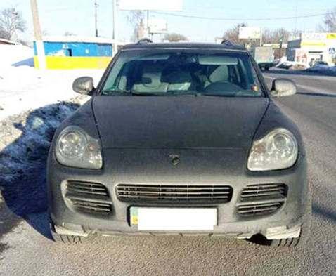 Под Харьковом задержан сомнительный Porsche Cayenne