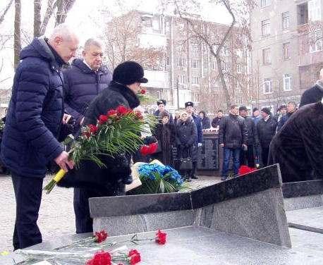 В Харькове почтили память воинов, погибших в Афганской войне