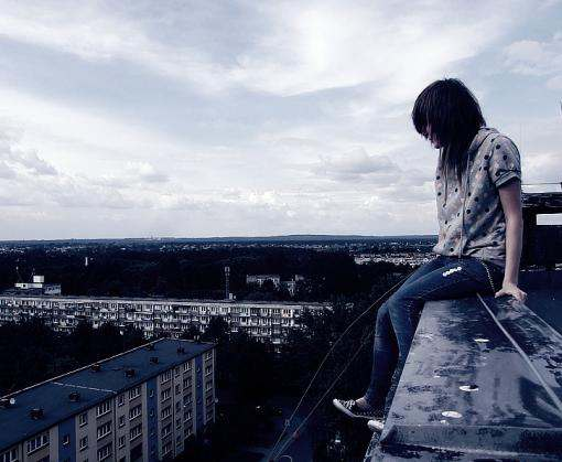 В Харькове парень выпрыгнул с 14-го этажа