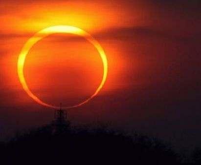 Жители Земли смогут наблюдать кольцеобразное солнечное затмение