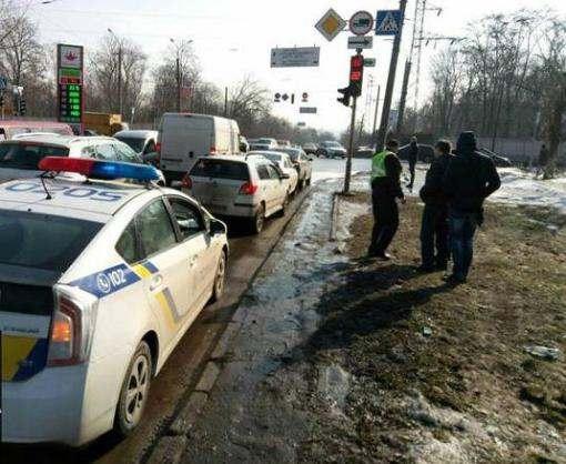 Тройное ДТП в Харькове: ослепленные солнцем